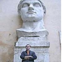 Historiadores: guardianes del pasado