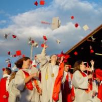 Banco de Santander concede 300 becas para que los universitarios estudien en el extranjero