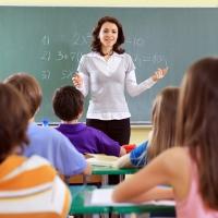 Gobierno murciano confirma que convocará 200 plazas de maestros