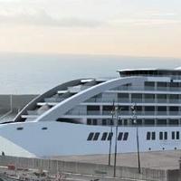 Un nuevo hotel flotante oferta 200 puestos de trabajo