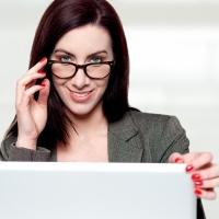 Las personas que usan gafas tienen más posibilidades de encontrar trabajo