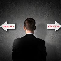 Consejos para combinar los estudios y el trabajo y no perecer en el intento