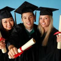 En 2025 será casi obligatorio una formación superior para tener oportunidades laborales