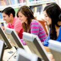 Los jóvenes menores de 25 años que estén más formados tendrán más posibilidades de encontrar trabajo